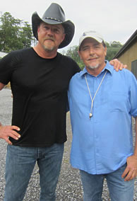 Country entertainer Trace Adkins and AEF President Al Cecere worked together on