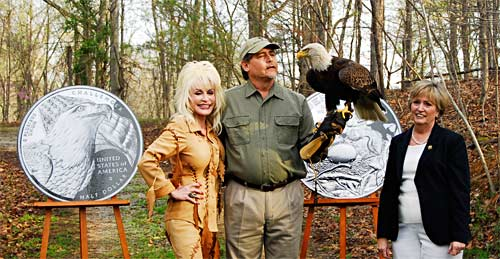 Dolly Parton supports the Commemorative Bald Eagle Coin
